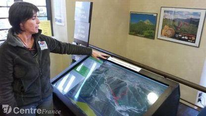 Le numérique met le tourisme en relief avec une table présentant des rando en 3D | E-tourisme | Scoop.it