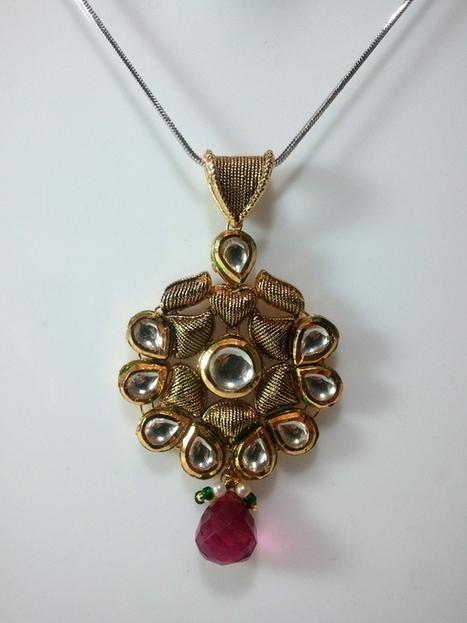 kundan pendant and earring | Kundan Jewelry | Scoop.it
