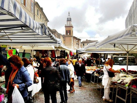 Street Market in Macerata | Wagging School in Italy | Le Marche another Italy | Scoop.it