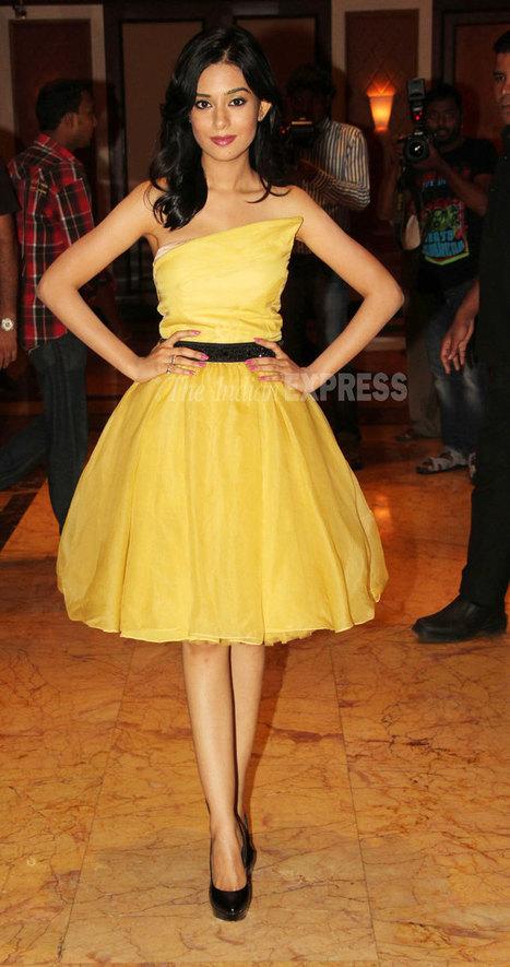 Big B, Ajay, Kareena unveil Satyagraha trailer - Indian Express | the interpreters | Scoop.it