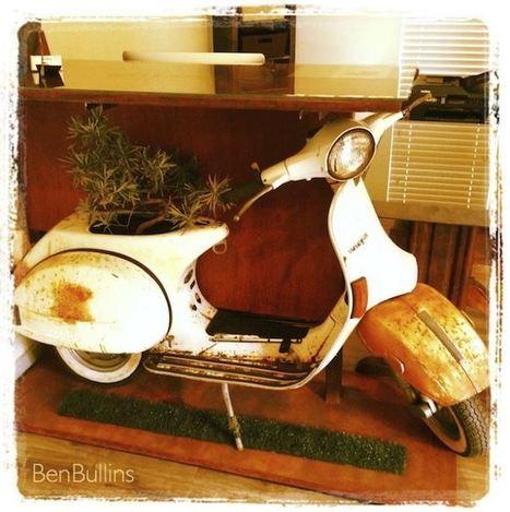 Vespa Scooter Repurposed Into Mod Office Desk | 1001 Creative ideas ! | Scoop.it
