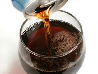 Boire l'équivalent de deux bouteilles de soda ou plus par semaine multiplie par deux le risque de cancer du pancréas. | Finis ton assiette | Scoop.it