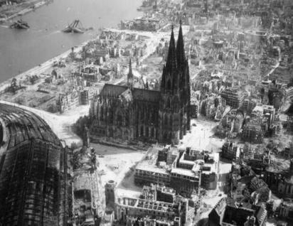 Twitter / History_Pics: The Cathedral in Cologne, ... | History - Secondary Education | Scoop.it