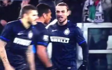Craziness! Inter's Dani Osvaldo Tries To Attack Team Mate Mauro Icardi | The Football Vault | Scoop.it