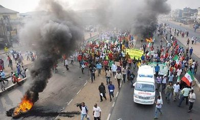 Africa's rising rage: middle classes call for revolution | African corruption and accountability | Scoop.it