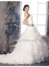 Ball Gown Sweetheart Chapel Train Organza Ivory Wedding Dress Lbldb12056 for $566   Bellafuny   Scoop.it