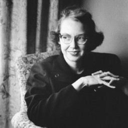 """Flannery O'Connor on Why the Grotesque Appeals to Us, Plus a Rare Recording of Her Reading """"A Good Man Is Hard to Find"""" 