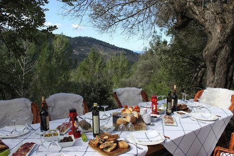 10 Picturesque Picnic Spots to Dine Al Fresco This Summer   travel   Scoop.it