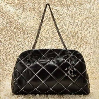 Chanel Bowling Bag 50312 Classic Quilted Black Leather Perfect present | Cheap Chanel Outlet Store Online | Scoop.it