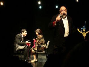 Delgadillo lleva a Bradbury al teatro :: El Informador   CUENTOS REALITAS   Scoop.it