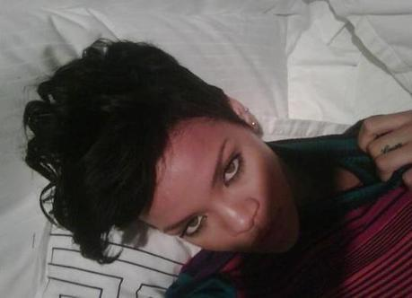 Rihanna's Nude Phone Pictures | Turgutsat | Scoop.it