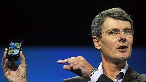 BlackBerry CEO Says Despite a 'Fantastic Job' With iOS Design, Apple Now Lacks Innovation