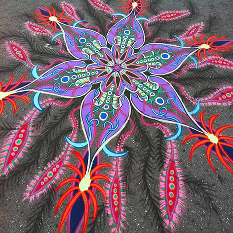 Brooklyn Artist Creates Magical Sand Paintings on Sidewalks | Strange days indeed... | Scoop.it