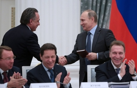 Putin presents English language self-teacher to Russian sports minister as birthday gift | Translation and language in the news | Scoop.it