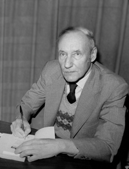 Commissioner of Sewers: A 1991 Profile of Beat Writer William S. Burroughs | Online Creative Social Mobile Writing, Storytelling | Scoop.it