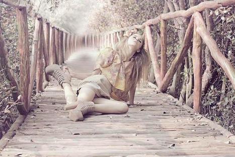 ¿Son ridículas las poses en la fotografía de moda? | CURIOSIDADES | Scoop.it