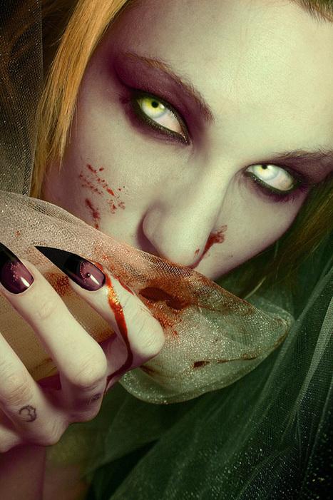 Halloween Photoshop - Evil Eyes Tutorial | Teaching Yourself Graphic Design | Scoop.it