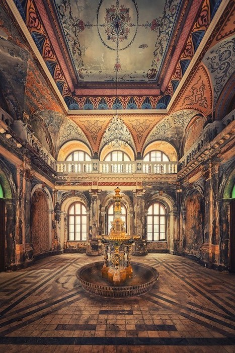 Fascinating Photos Highlight the Forgotten Beauty of Abandoned Buildings | Urban Decay Photography | Scoop.it
