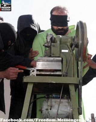 L'Iran dévoile une machine pour amputer les voleurs   The Observers   Technogeekdefence   Scoop.it