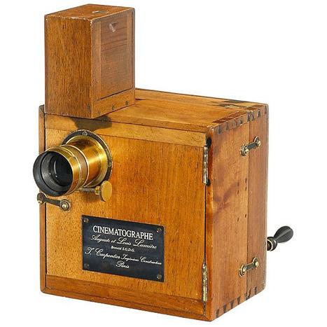 Regardez les 10 films de la 1ère séance publique payante du Cinématographe #lumiere1895 vie @InstitutLumiere | Ressources pour les Arts Visuels en primaire | Scoop.it