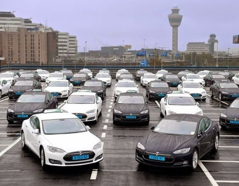 "(VIDEO) L'aéroport de Schiphol s'équipe de 167 taxis électriques, des Tesla Model S! | ""green business"" 