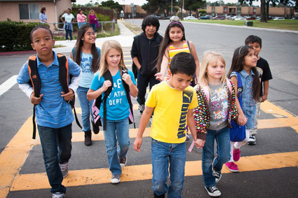 Celebrating 10 Years of Safe Routes to School and International Walk to School Day | Salud Publica | Scoop.it