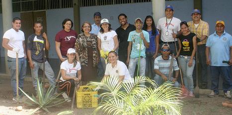 Efectuaron jornada para convertir jardines de la UDO Sucre en ... - El Cumanés | Didáctica de la Enseñanza en Ciencias | Scoop.it