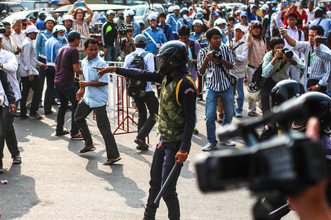 [Cambodia] Union & association gathering turns to violent clashes | The Cambodia | Scoop.it