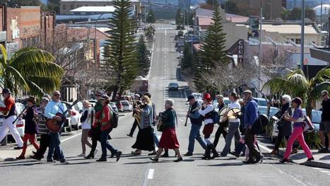 Musicians parade through Port Kembla: photos | Port Kembla Today and Yesterday | Scoop.it