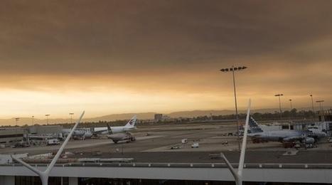 VIDEO. Fausse alerte à l'aéroport de Los Angeles: Un homme déguisé en Zorro arrêté | AFFRETEMENT AERIEN KEVELAIR | Scoop.it