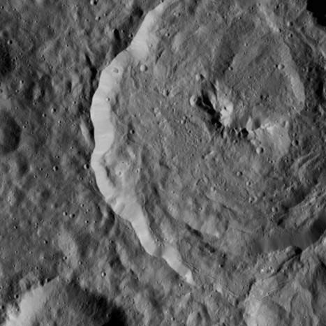 Dawn: la mappatura continua ma per Occator bisogna aspettare | Space & Astronony | Scoop.it