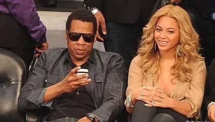 Ook zo'n hekel aan mensen die luistern en op hun telefoon kijken? dat heet #phubben Stop Phubbing! | De wereld van Olafiolio... | Scoop.it