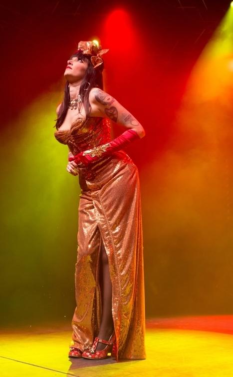 Nîmes : avec Kiki, Louiza et Valentina, l'effeuillage burlesque est tout un art | Valentina del Pearls (Le Burlesque Klub) | Scoop.it