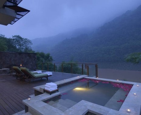 Exotic Vacation on Brilliant Resort & Spa Chongqing, China | yourhomyhome.com | Modern Home Design | Scoop.it