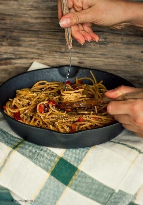 Spaghetti risottati con pomodorini freschi - Una V nel piatto - Ricette Vegane e Mondo Vegan   Una V nel Piatto   Scoop.it