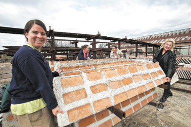 Levantando paredes, derribando muros | La Plata: inundada e inundable | Scoop.it