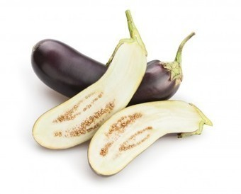 Eggplant Seed Saving Tips: Harvesting And Saving Seeds From Eggplant | Gardening planning | Scoop.it