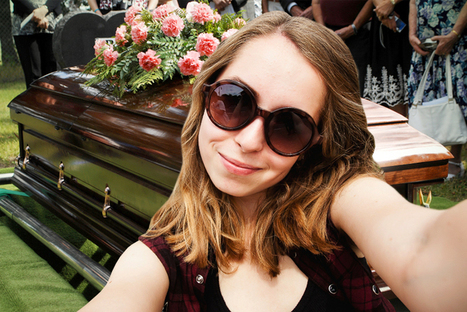 In defense of funeral selfies | Photography and society | Scoop.it
