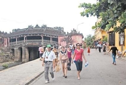 Nhiều tua du lịch hè giảm giá để thu hút khách - Nhân Dân | Khách sạn Đà Lạt | Scoop.it