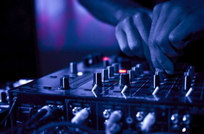 Are You Looking For A DJ? Know These New Tips When Choosing a Professional DJ | Entertainment | Scoop.it