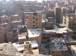 Dans la ville du Caire, beaucoup d'habitants se débrouillent comme ils peuvent, sans l'aide de l'Etat. | Égypt-actus | Scoop.it