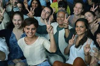 Muhammad Yunus conseille les jeunes entrepreneurs solidaires français   Solidarité, mécénat, développement et actu géné   Scoop.it