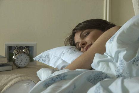Dormir trop ou pas assez, ce n'est pas bon - Europe1 | zenitude - toucher bien-être strasbourg | Scoop.it
