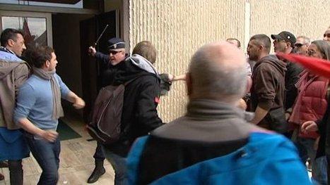 Des manifestants veulent forcer les portes de la CCI de Bayonne - France 3 Aquitaine | BABinfo Pays Basque | Scoop.it