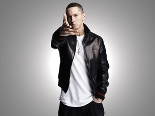 """Eminem Talks About Rihanna Collaboration On """"The Monster"""" 