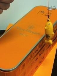 Veuve Clicquot se lance dans la boîte de sardine. | wine & champagne marketing | Scoop.it