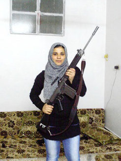 In Syria, a female rebel goes to great lengths in uprising | A Voice of Our Own | Scoop.it