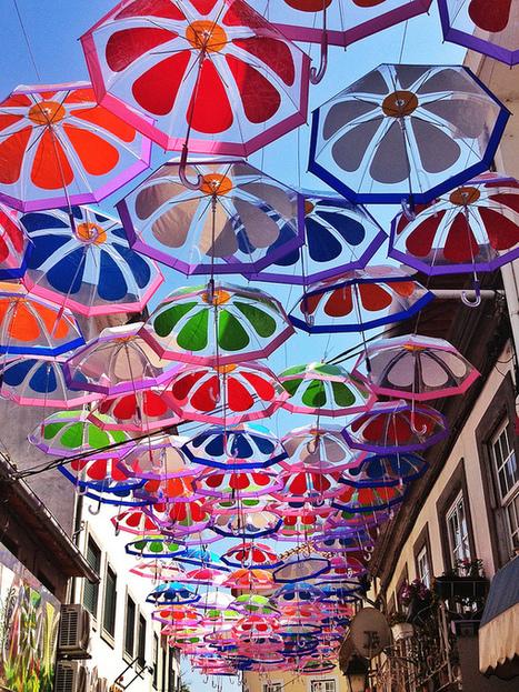 La rue tout en parapluies, c'est Rihanna qui va être jalouse ! | Resolunet | Scoop.it