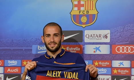 Barcelona sign Aleix Vidal from Sevilla until 2020 despite transfer ban - The Guardian | AC Affairs | Scoop.it