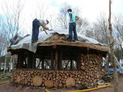Building a Roundhouse with FIREWOOD! Gotta SEE This... | War In The Ukrain | Scoop.it